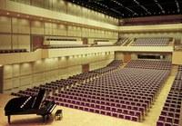 Ein Meisterwerk an Klangarchitektur! Der elegante Konzertsaal bietet Platz für 1.300 Personen auf 3 Ebenen. Dank der flexiblen Bestuhlung sind nicht nur Konzerte sondern auch Tagungen, Dinner oder sogar Bälle möglich.
